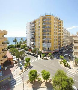 Hoteles ibiza ibiza hotels for Muebles aragon ibiza